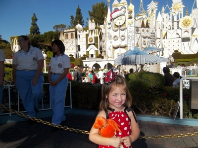 """Tots Luv """"It's a Small World"""""""