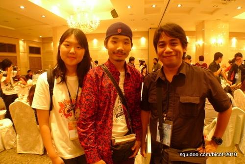 Arnold with volunteer interpreter Lee Yuna and comic artist Tsolmonbayar Batbaatar (Mongolia).