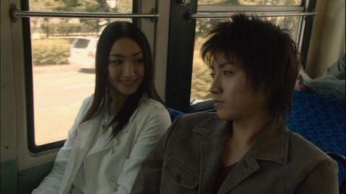 Light and his girlfriend Shiori.