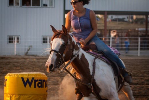 Barrel Racing in the horse arean