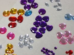 Acrylic rhinestone craft jewels ready for use.