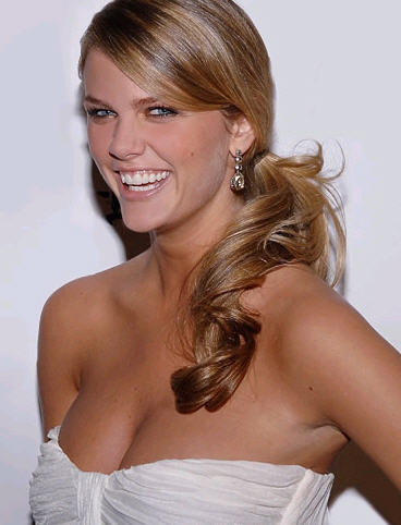 Smiling Brooklyn Decker