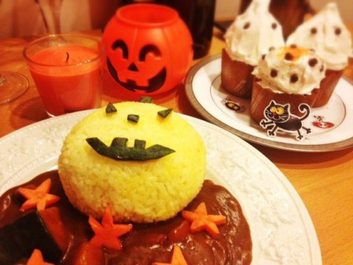 Halloween Curry with Ghost Cupcakes for Dessert