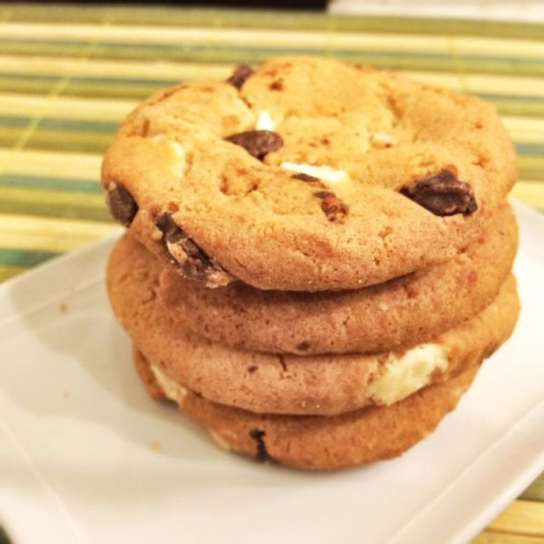 chocolate chip cookie with cream cheese