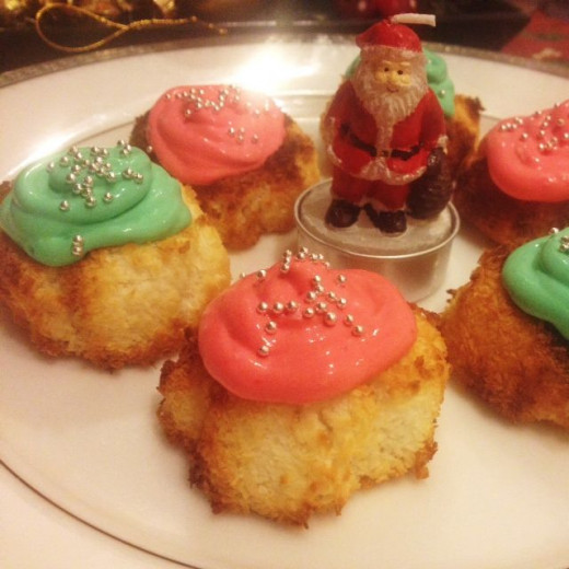 Christmas macaroons can even be made low carb.