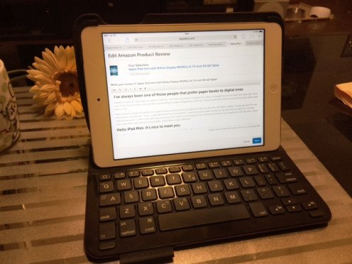Creating a Hub on my iPad with keyboard attached.
