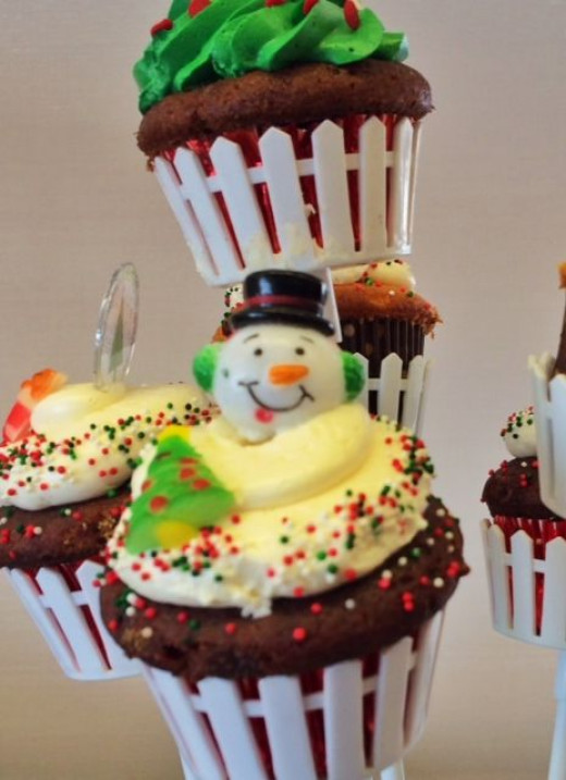 Bakeries entice with more holiday goodies.