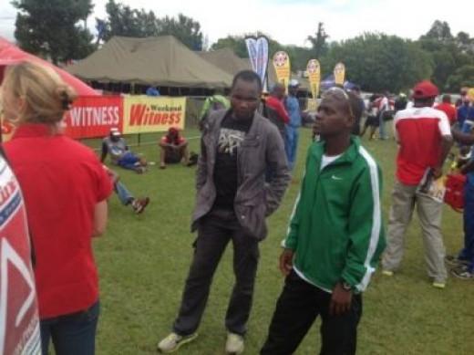 In support of fellow countryman, Munya Jari, after Jari smashed the Maritzburg Marathon record in 2.22.04 in 2013, Muzhingi was