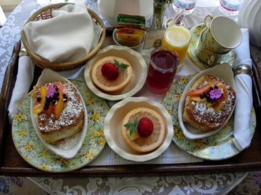 Breakfast in Bed - Photo by BlueObsidian