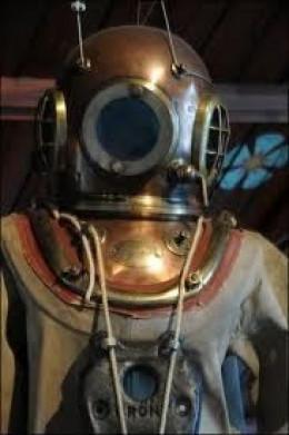 antique-diving-suit.jpg