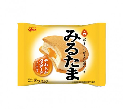 Vanilla ice cream made, custard sauce and whole-wheat cookies. Made by Glico.