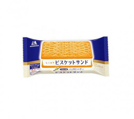 Vanilla ice cream made between two biscuits.Made by Morinaga .