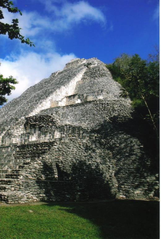 Pyramid at Becán