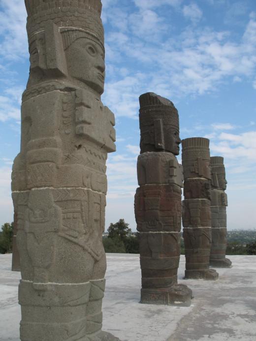 The giants of Tula
