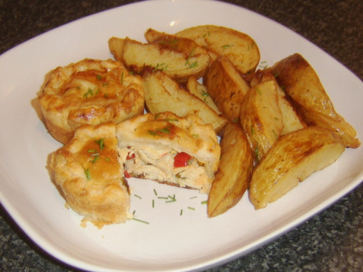 Turkey and Bell Pepper Pies with Potato Wedges