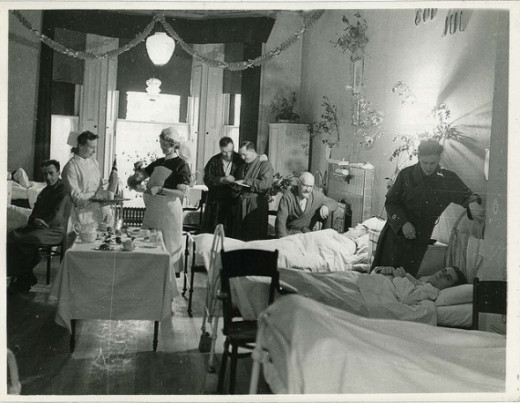 WWII Christmas at the Hospital