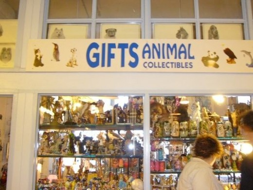 Specialty Gift Shops