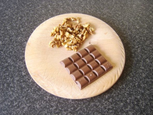 Walnut pieces and milk cooking chocolate