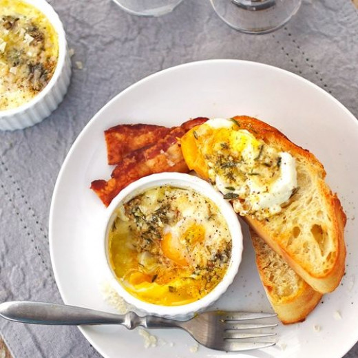 Parmesan Baked Eggs from pinchofyum.com/parmesan-baked-eggs
