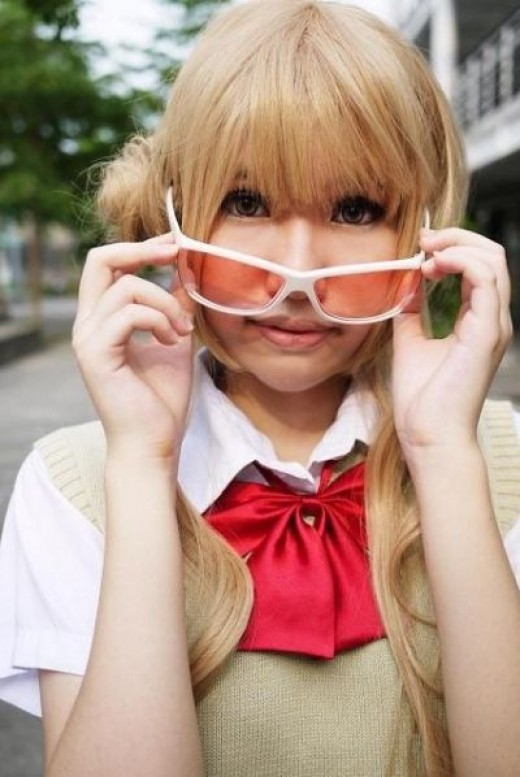 Ume Kurumizawa with shades Cosplay