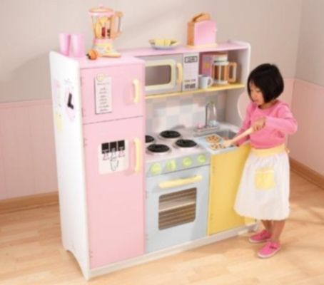 a good size kitchen playset for your budding chef