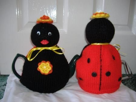 Insect Tea Cosy Knitting Patterns