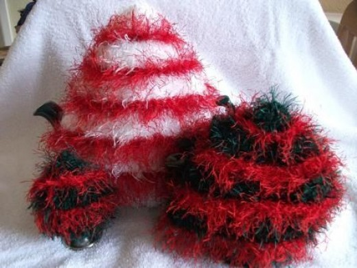 Novelty Tea Cosy Knitting Patterns : Tea Cosy Knitting Patterns