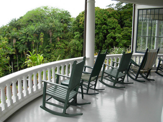 Photo of the Lanai at the Shipman House Museum
