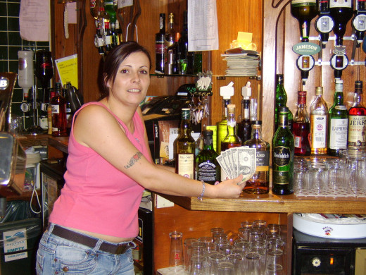 Dawn Colligan introduces The Five Dollars to Single Malt Whisky