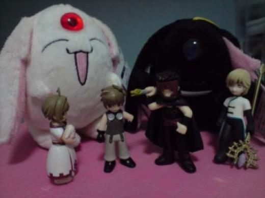 Kurogane would never dare to bully Mokona again if it was that huge ^.^
