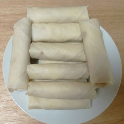 Banana springrolls are ready for the fryer