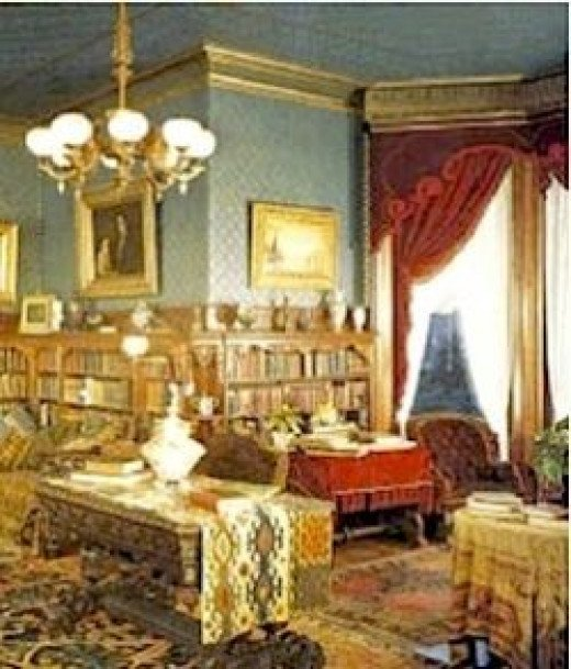 The 4 basics of victorian interior design and home d cor for Interior designs victorian style home furnishings