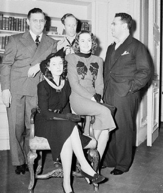 Before the trouble. Gone With With Wind personnel, from left, David A Selznick, Vivien Leigh, Leslie Howard, Olivia de Havilland and George Cukor.