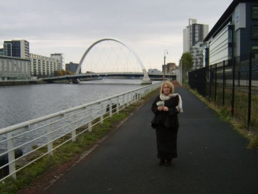 The Bendy (or Squinty) Bridge over the River Clyde is a fairly recent addition to the landmarks of Glasgow. It is so-named simply for the way in which it curves over the river and does not follow a straight path.