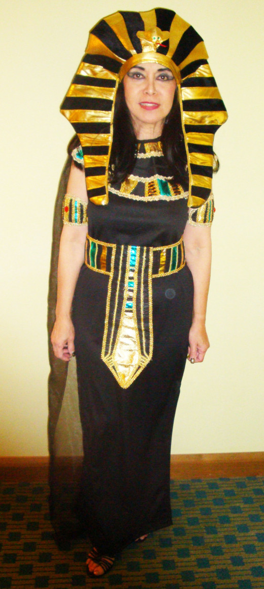 My 2011 Nefertiti costume