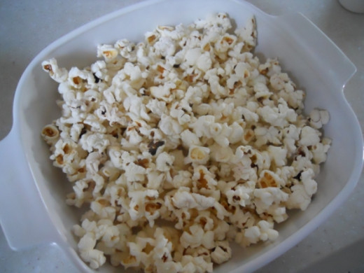 Popcorn should be about 1 inch to 1-1/2 deep.