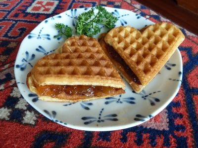 Healthy and Light Oatmeal Waffles