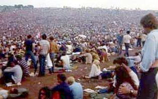 photos of Woodstock crowd,Woodstock 1969 crowd photos