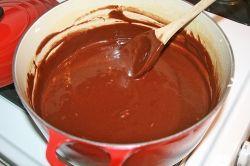 making fudge on stove