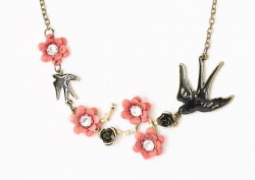 Vintage Style Bird Necklace