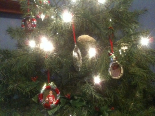My Photo Ornament Christmas Tree