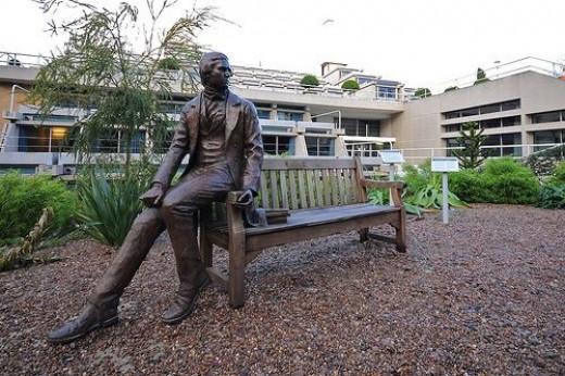 Young Darwin Statue Picture by Martin Pettitt