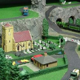how to build realistic model railroad scenery pdf