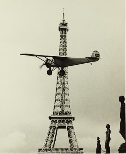 Image: Spirit II in flight over Paris. Built for the San Diego Aerospace Museum. Burned in 1978