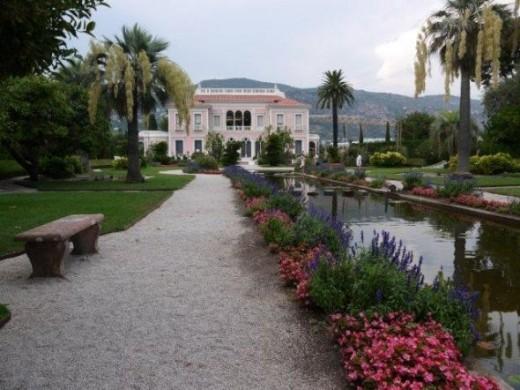 Palace Ephrussi