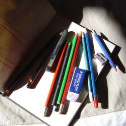 Pencil drawing equipment