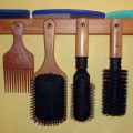 How-to make a wooden hairbrush rack in 4 easy steps