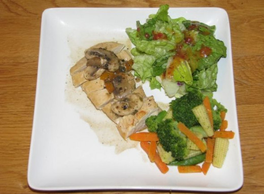 Captain's Chicken with Mushroom Rum Sauce, Veggies and Salad