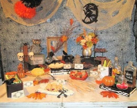 vintage Halloween - Dessert Table