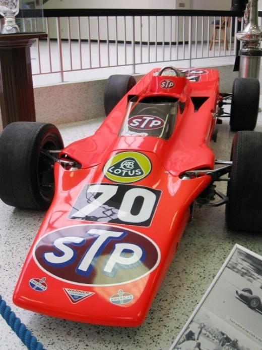 This is Graham Hill's Lotus turbine in 1968. It was not the winner.